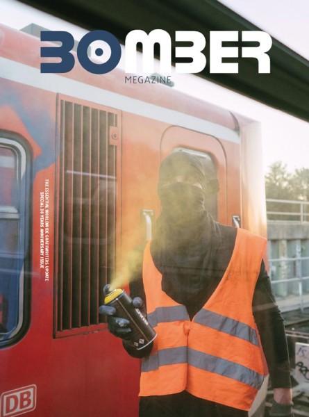 """Magazin """"Bomber 30 Years"""""""