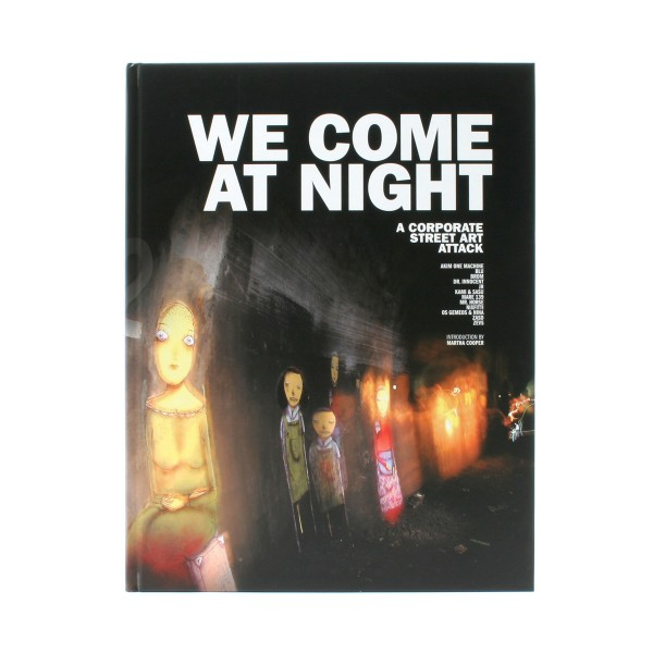 "Buch ""We Come At Night"""