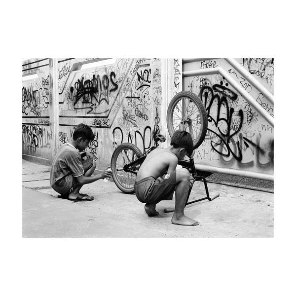 "Postkarte ""Linus Ma vs GBox - Kids Of Jakarta"" DIN A6"